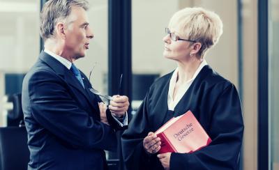 Anwälte der Verkehrsrechtsschutz Versicherung der Allianz