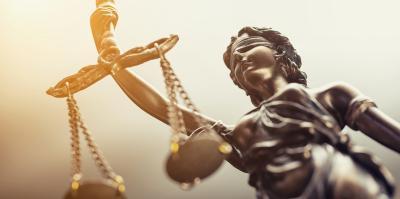 Justitia als Sympbol für den fairen Service der DEVK Rechtsschutz