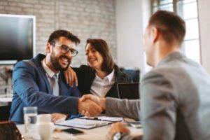 Advocard Rechtsschutz Kunden im Gespräch
